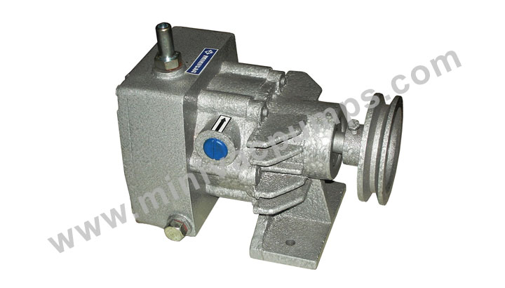 Manufacturer of Rotary Vane Vacuum Pumps and Compressors Mumbai, India